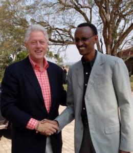 Bill-Clinton-Paul-Kagame-in-Rwanda