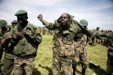 cndp_Rwandan Militia-FARDC uniforms